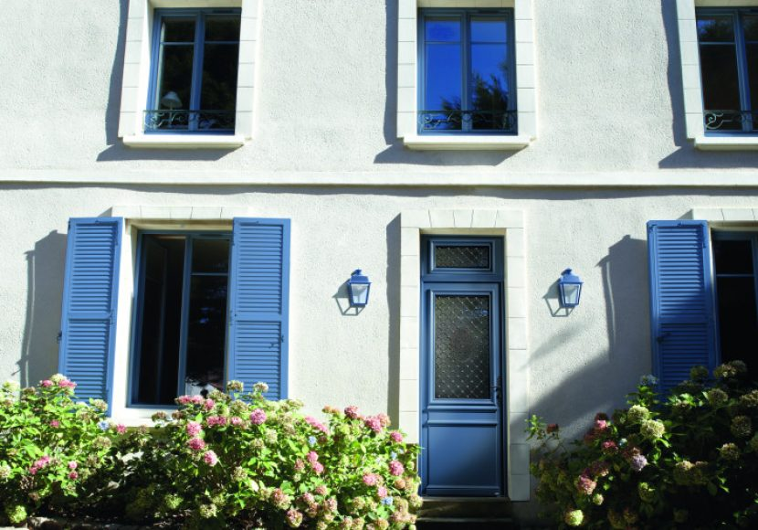 11-luxembourg-bois-belm-porte-entree-bleu-5014-laquee